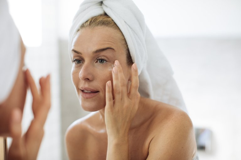 The Ultimate Skincare Routine in your 40's - header